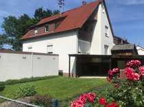 Kleines Zweifamilienhaus zum Renovieren zu