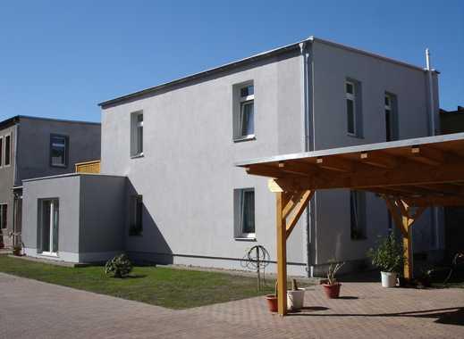Hübsche 2-Raum-Wohnung im Hinterhaus mit Balkon