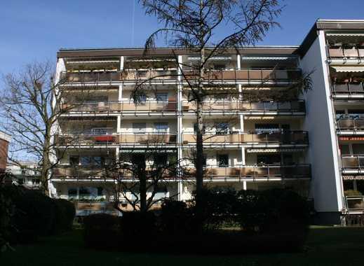 Sindorf: Familienfreundliche 4-Zimmerwohnung mit überdachter Sonnenloggia