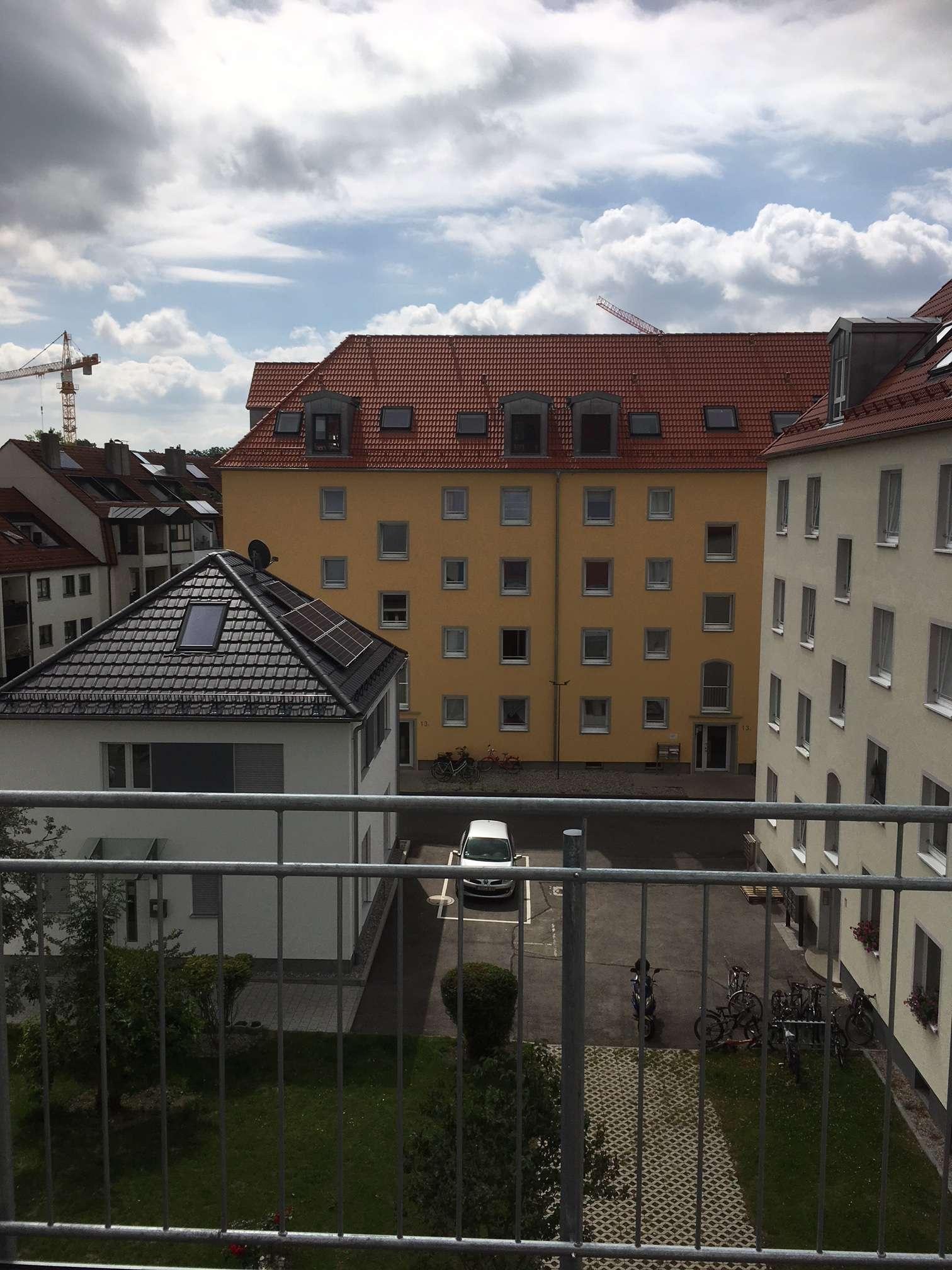 2 Zimmer Wohnung in sanierter Wohnanlage, H2F in Augsburg-Innenstadt