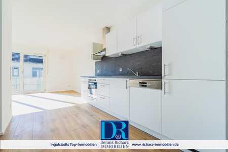 Sehr moderne und helle 2-Zimmer-Wohnung im Süden von Ingolstadt inkl. EBK, Balkon und TG-Stellplatz in West (Ingolstadt)