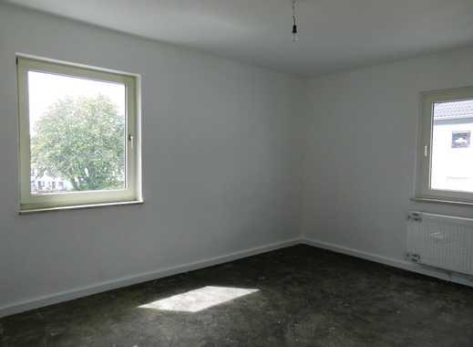 Sehr schöne 2,5 Raum Wohnung in ruhiger Lage! Weißes Bad!