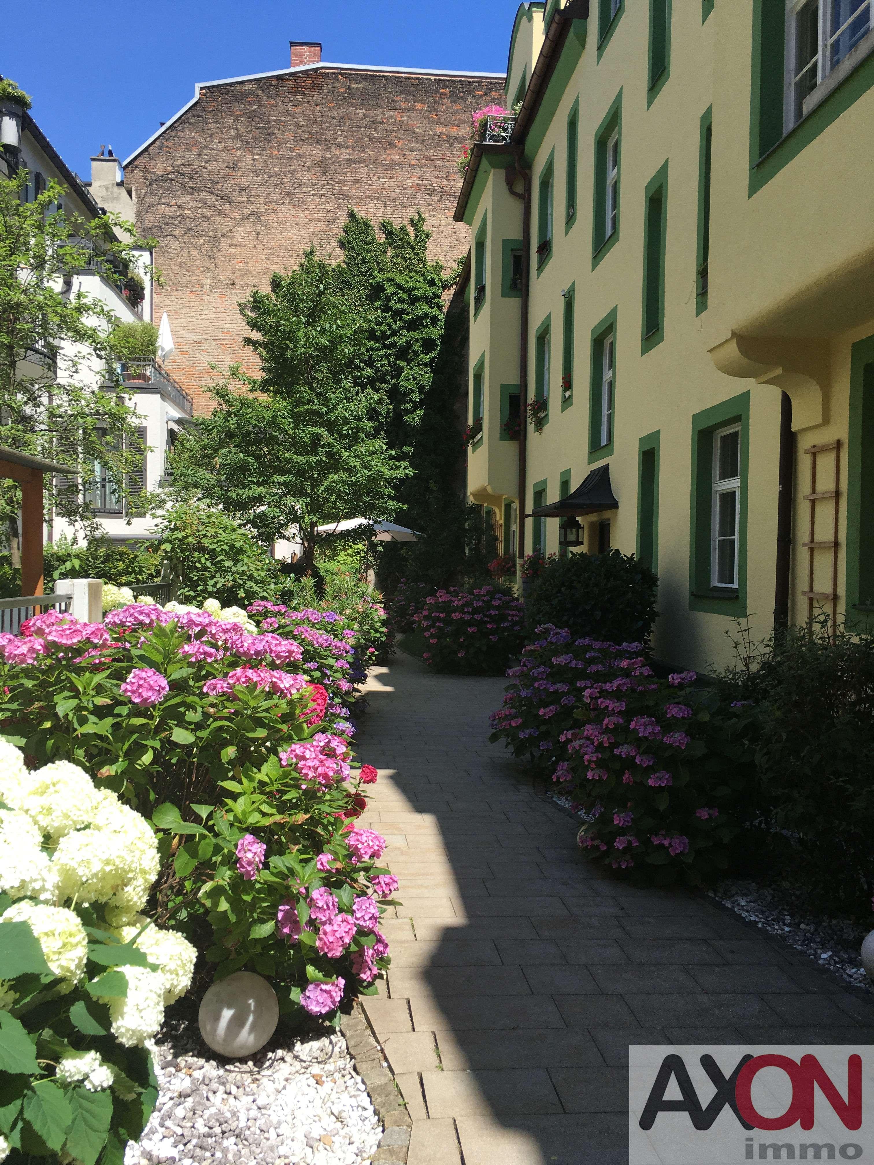 Großzügiges Altbaujuwel in der Maxvorstadt mit Balkon!RARITÄT!