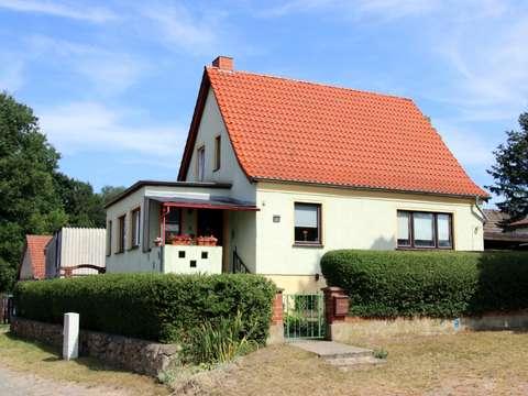 Berühmt Reserviert +++ Solides Einfamilienhaus mit Keller und Nebengelass YT78