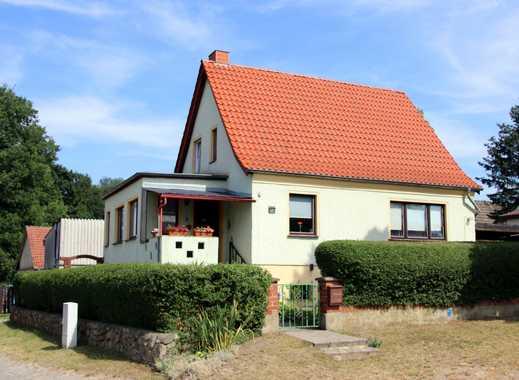 +++ Reserviert +++ Solides Einfamilienhaus mit Keller und Nebengelass in Treplin! +++