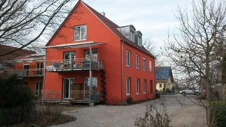 Neuwertige 4-Raum-Wohnung mit Balkon in Karlshuld in Karlshuld