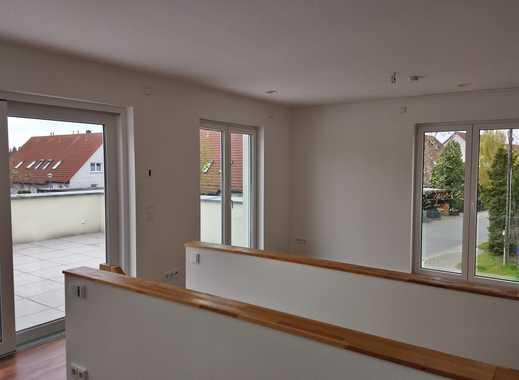 Neuwertige 2-Zimmer-DG-Wohnung mit Terrasse und Einbauküche in Bernau bei Berlin