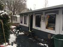 Winterfestes Vorzelt mit Wohnwagen in