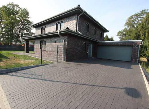 Exklusives neuwertiges Einfamilienhaus mit Doppelgarage in Gifhorn-Gamsen!!