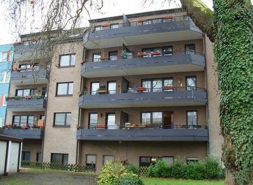 Angenehme, zentral gelegene Wohnung mit ruhigem Balkon