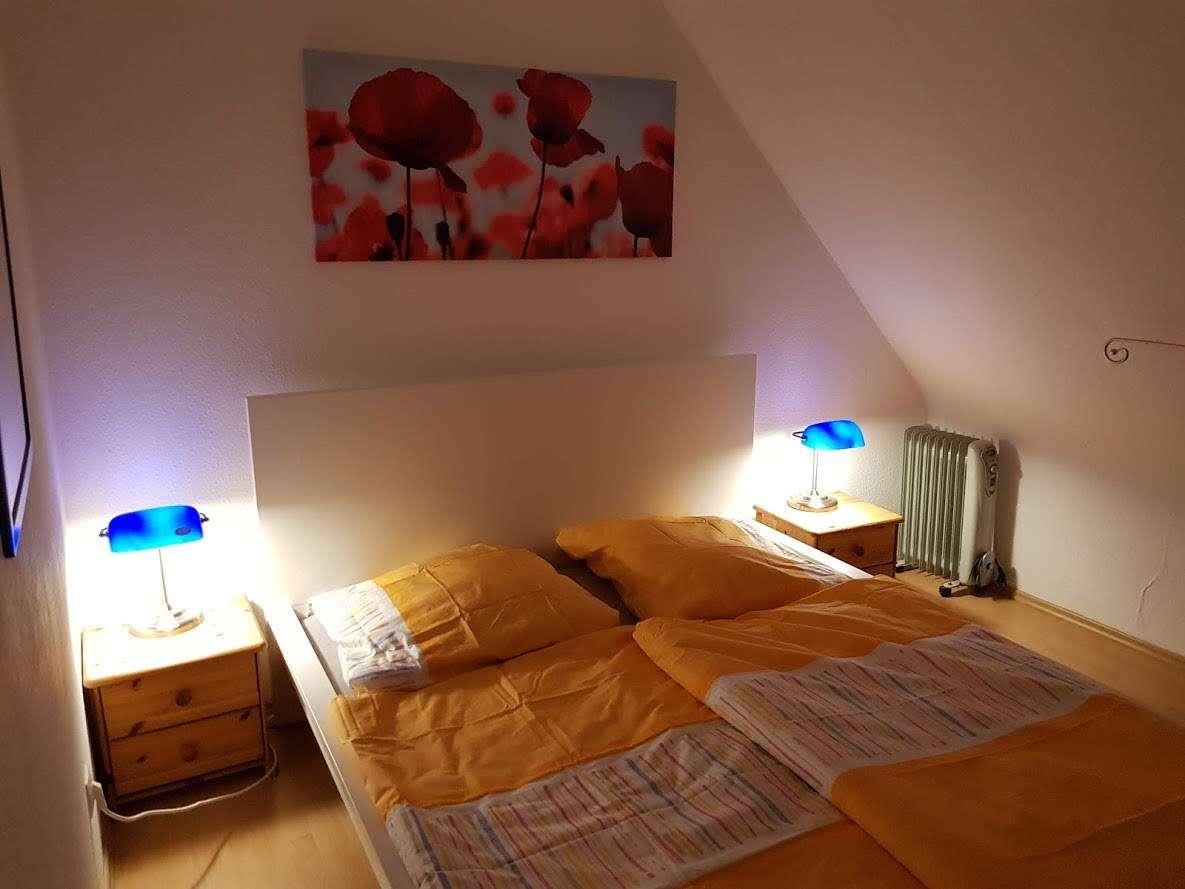 Schön möblierte 2 Zimmerwohnung in Herzen der Stadt (Zentrale Lage) ikl. W-Lan in Erlangen Nord- Burgberg (Erlangen)
