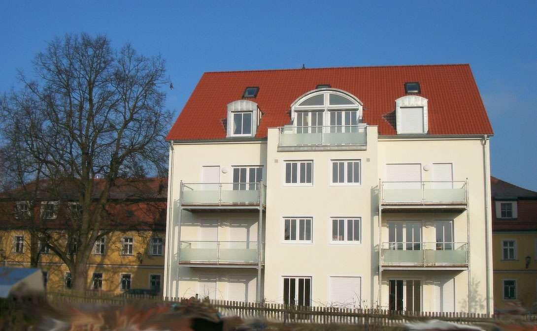 Attraktive, helle und ruhige 2-Zimmer-Erdgeschosswohnung in Stadtamhof (Regensburg)