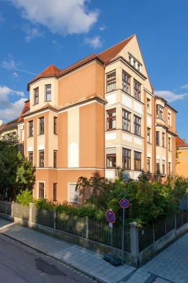 Münchenpendler aufgepasst! Freundliche, großzügige 5,5 ZKB Altbau Wohnung in Augsburg-Innenstadt