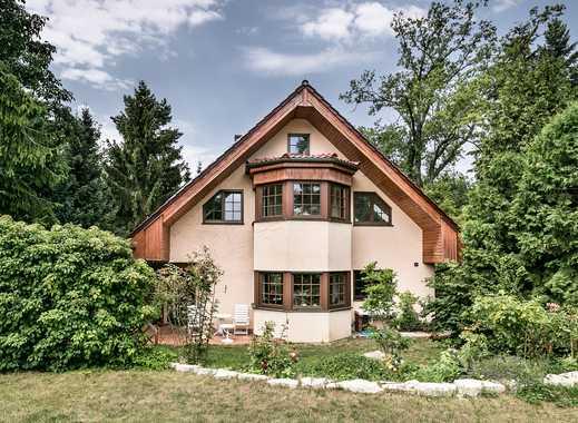 Lichtdurchflutetes Einfamilienhaus mit großer Terrasse, Wintergarten und gepflegtem Grundstück