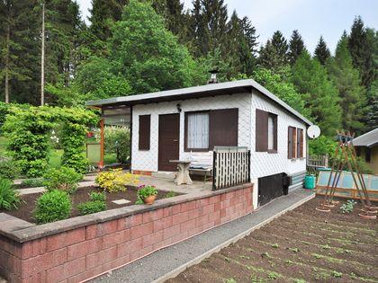 haus kaufen suhl nord h user kaufen in suhl suhl nord und umgebung bei immobilien scout24. Black Bedroom Furniture Sets. Home Design Ideas
