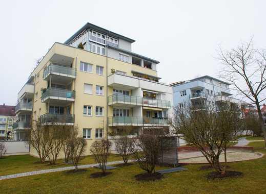 Schöne 2 Zimmer Maisonette-Wohnung mit 2 Balkonen, EBK und Aufzug in Göggingen