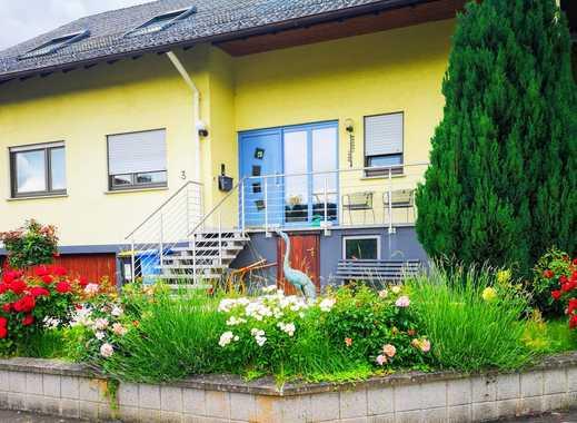 Gepflegte 5-Zimmer-Dachgeschosswohnung mit 30 qm großer Terrasse in Rabenau