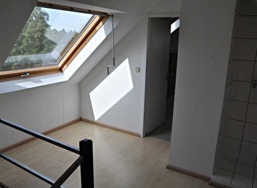 Schicke Dach-Maisonettewohnung, 89 m² in 47178 Duisburg-Alt-Walsum