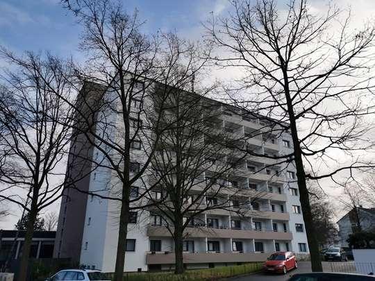 Wohnen am Tiergarten: Tolle 1-Zimmer Erdgeschosswohnung mit Balkon in Kirchrode