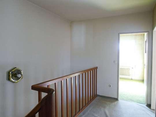 Sanierungsbedürftiges Reihenhaus in ruhiger Lage - Bild 15