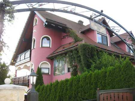 Einzelzimmer (OT von Herrieden6 km) etc. Untergeschoss mit Treasse, Singelküche, Bad, SAT, Internet, in Herrieden