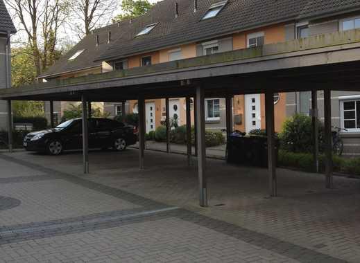 Vermietung: Überdachter Stellplatz in Carportanlage in der Nernststraße inHorn!