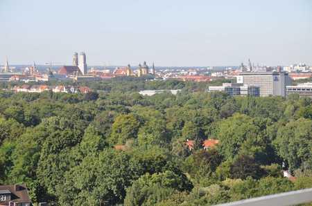 Terrassenwohnung mit Penthousefeeling, freier Blick über ganz München in Bogenhausen (München)