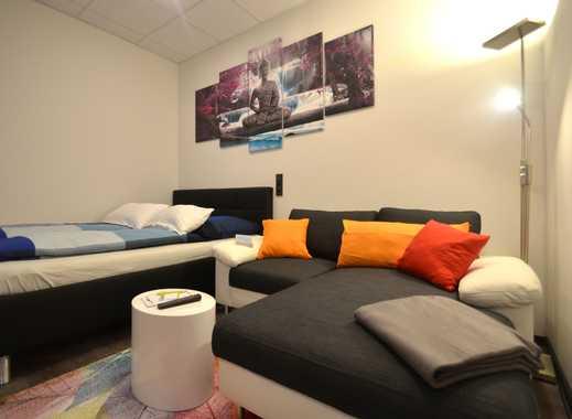 möbliertes Apartment mit separatem Schlafzimmer, vollausgestattet - direkt in der Innenstadt