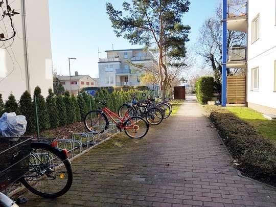 Moderne 3-Zim.-Wohnung mit PKW-Stellplatz und Garten - Bild 22