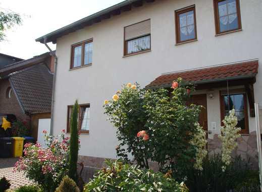 Sonnige fünf Zimmer Wohnung auf zwei Ebenen in Ahrweiler (Kreis), Remagen