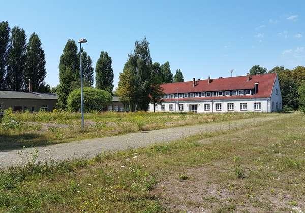Günstige Schulungs- und Büroräume nähe A14 im Technologie- und Gewerbepark Hans-Weigel-Straße!