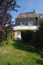 Bild Familienfreundliches Reihenendhaus mit 5 Zimmern im grünen Alt-Marienfelde zu verkaufen