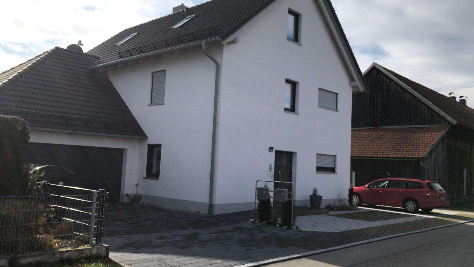 Neubau:  Helle Wohnung im 1.OG im Zweifamilienhaus in Obermeitingen, Smarthome in Obermeitingen