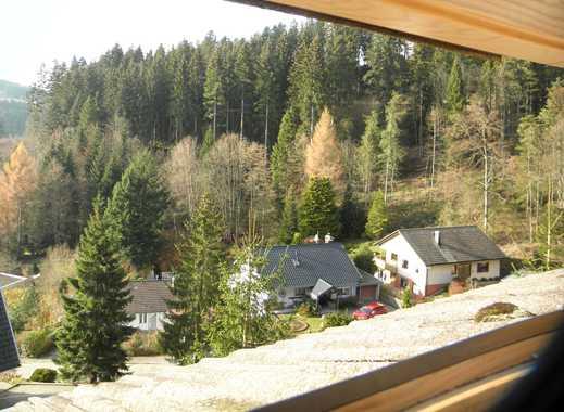 Helle,  geräumige zwei Zimmer Dachgeschoß-Wohnung in Schonach im Schwarzwald
