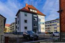 Helle und großzügige Dachgeschosswohnung mitten