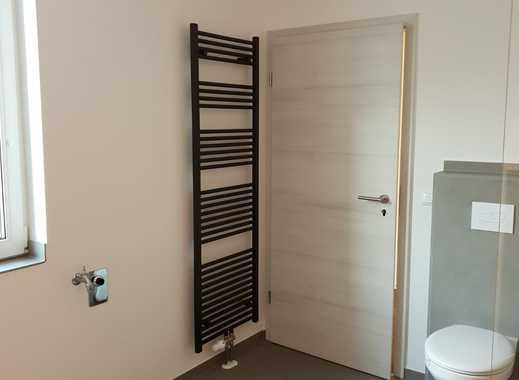 schöne, exklusive 3 Zimmer Wohnung im Erdgeschoss über zwei Etagen zu vermieten