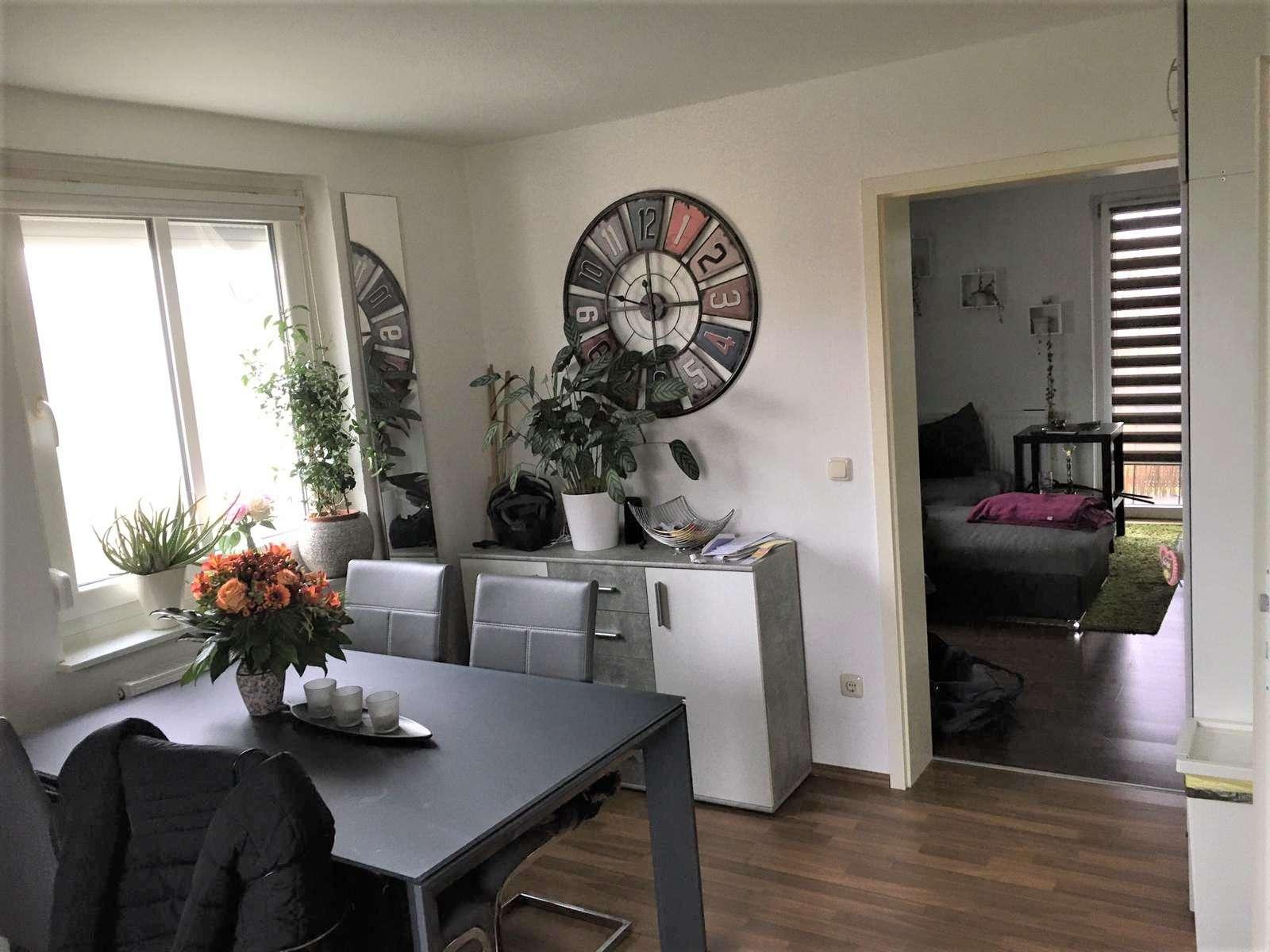 Renovierte 2-Zimmer Wohnung mit Balkon- WG geeignet in Baiersdorf