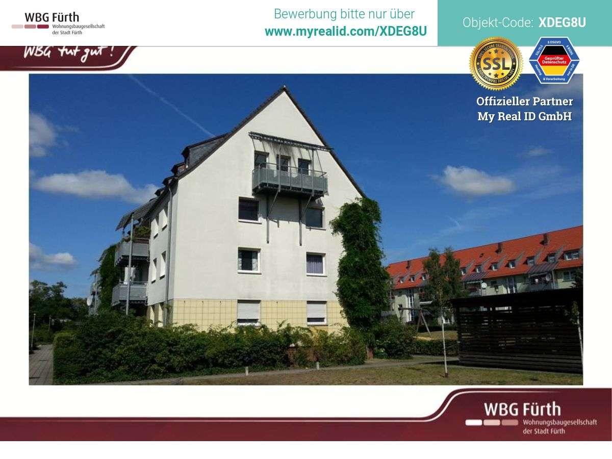 Geräumige 4-Zimmer-Wohnung mit Balkon in der Fürther Südstadt in
