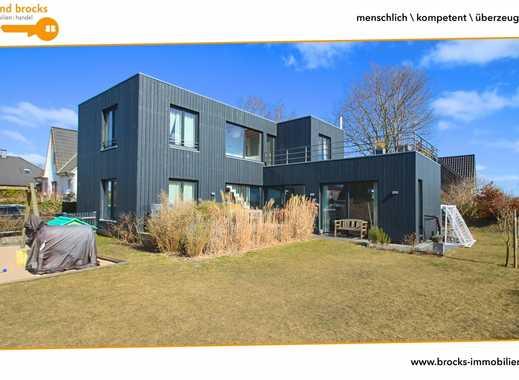 Topausgestattes Architektenhaus mit Dachterrasse, offenem Wohn-/Eßbereich! 4 Schlafzimmer! EBK uvm!