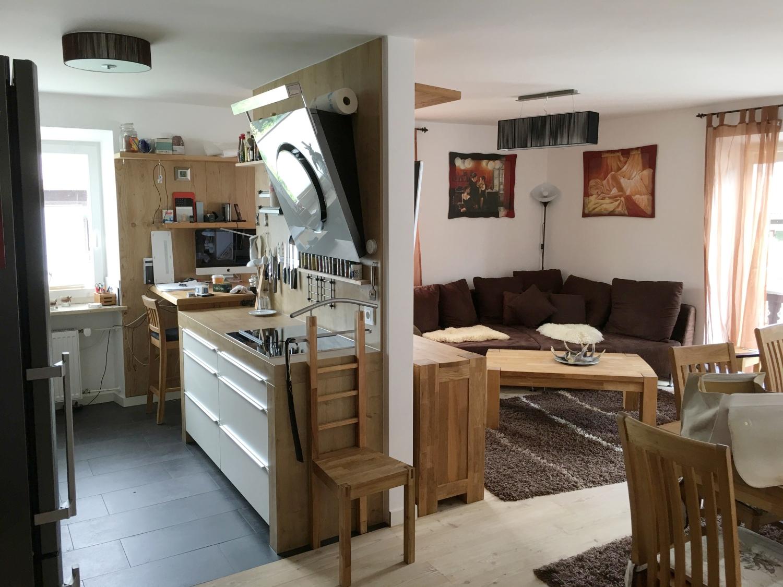 Helle, hochwertige 3-Zi.-Wohnung zentral in Rottach-Egern in