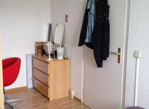 2-er WG mit teilweise möbilierten Zimmer sucht neuen Mitbewohner