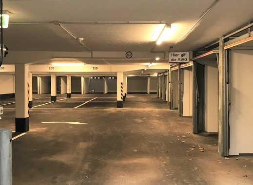 Parkhaus direkt an der Karl-Wiechert-Allee: Einzelgaragen und Stellplätze in bester Lage