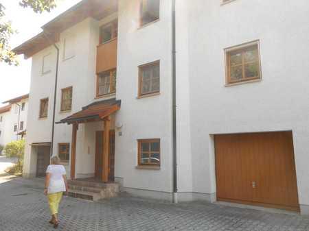 Schöne Wohnung mit zwei Zimmern im Dachgeschoss in Vilshofen in Vilshofen an der Donau