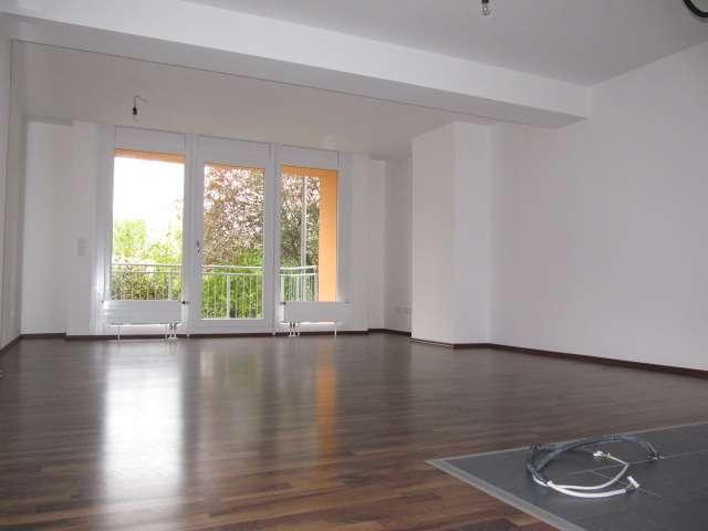 Zirndorf chice moderne 3-ZW, ca. 89 qm großes Bad, Gäste-WC, Laminat, 2 Balkone