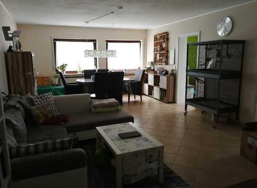 Schöne 2 Zimmer Wohnung mit Einbauküche sucht netten Mieter!!!