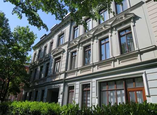 2 Zimmer, Balkon und EBK in Stadtfeld mit 2 Monaten Kaltmietfrei