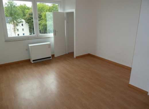 Schöne, gut aufgeteilte Wohnung in gepflegtem Haus direkt im Herzen von Rotthausen zu vermieten!