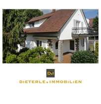 Freistehendes Einfamilienhaus im Landhaus-Stil in