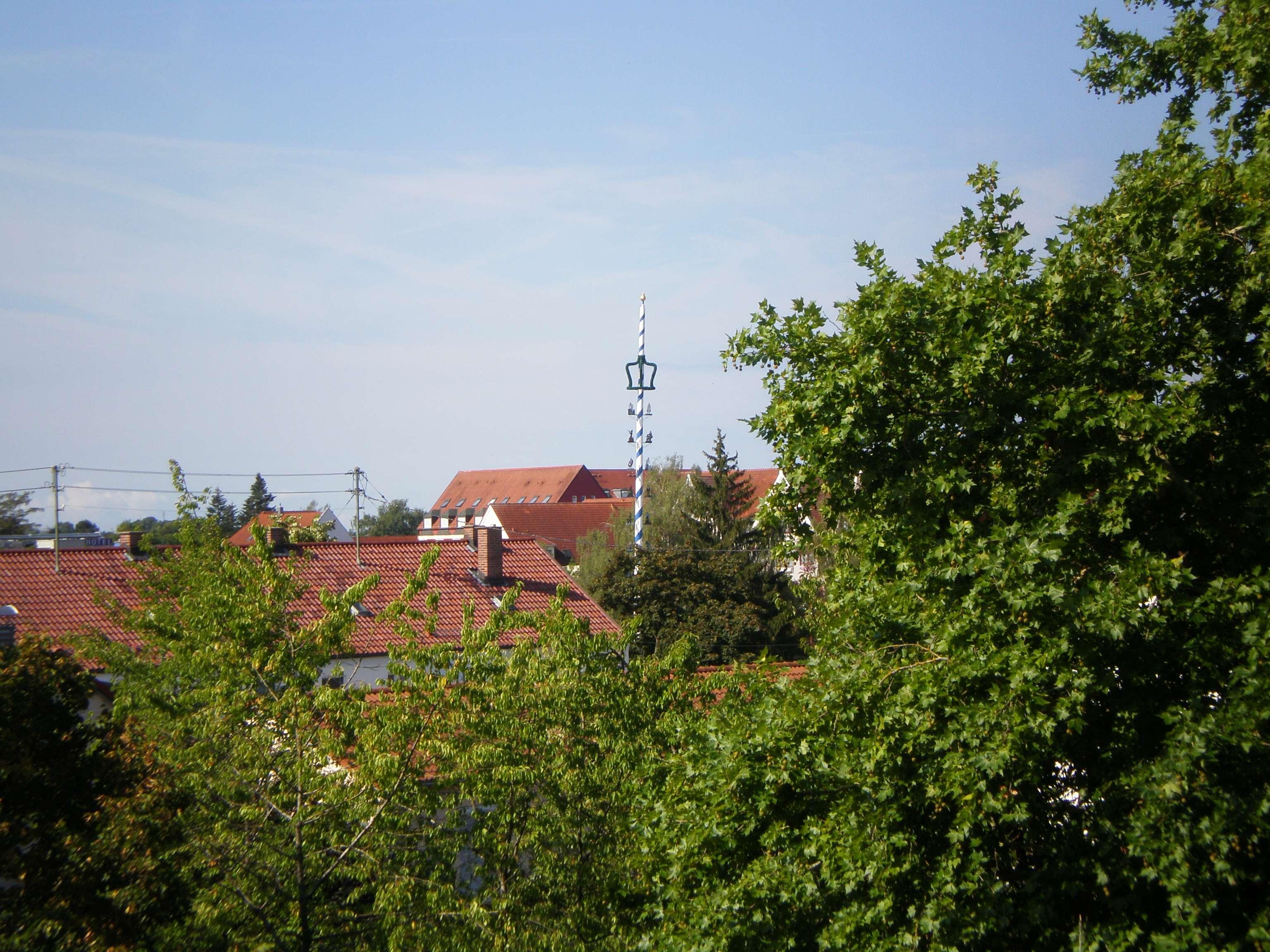 Schöne, ruhige zweieinhalb Zimmer Wohnung in Königsbrunn.