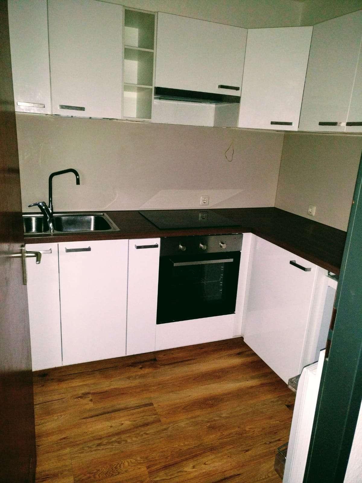 Ansprechende 2-Zimmer-Wohnung mit Balkon, EBK, Tiefgarage  in Gerbrunn in Gerbrunn